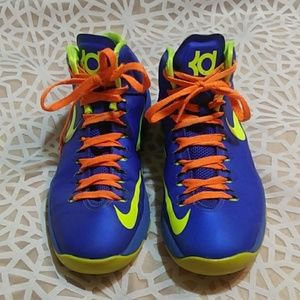 Nike KD boys or girls hi tops 6.5 y
